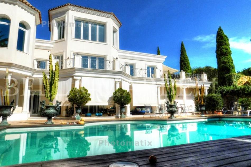 Marbella Elegante Designer Villa zu verkaufen